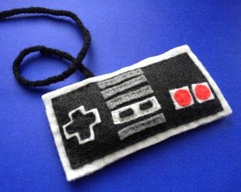 NES controller catnip toy