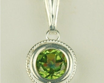 Vivid Green Mystic Topaz Necklace Sterling Silver 8mm Round 2.35ct In Backset Bezel With Rope Edge