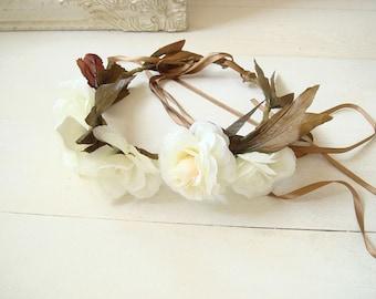 Bridal wedding crown, white rose hair crown, wedding accessory