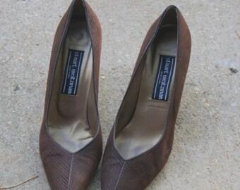 Vintage Chocolate Brown Stuart Weitzman Leather Pumps 7.5