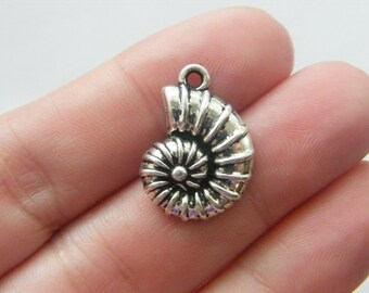 6 Shell charms antique silver tone FF150