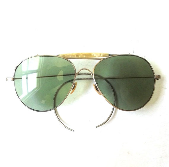 vintage 1940s aviator sunglasses gold metal wire frames