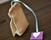 Set of Four Miniature Play Linen Tea Bags & Felt Box
