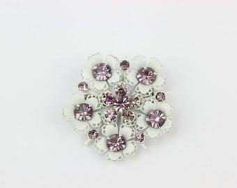 Vintage White Flower Burst Brooch