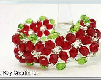 Poinsettia Flower  Beaded Christmas Bracelet in Bronze or Silver Ready to ship