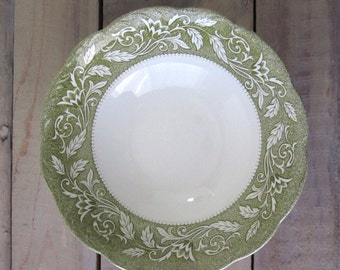 Green and White Transferware China Ironstone Serving Bowl J & G Meakin Sterling