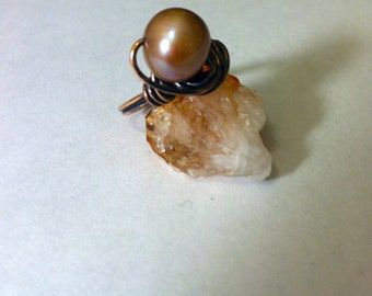 Bronze Pearl Ring, Freshwater Natural Pearl Ring in Golden Champagne, Wire Wrapped Pearl Ring, Boho Bronze Ring