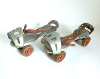 Mid Century 1950's Metal & Leather Adjustable Children's Roller Skates
