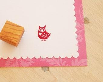 Little Dot Detail Owl Olive Wood Stamp