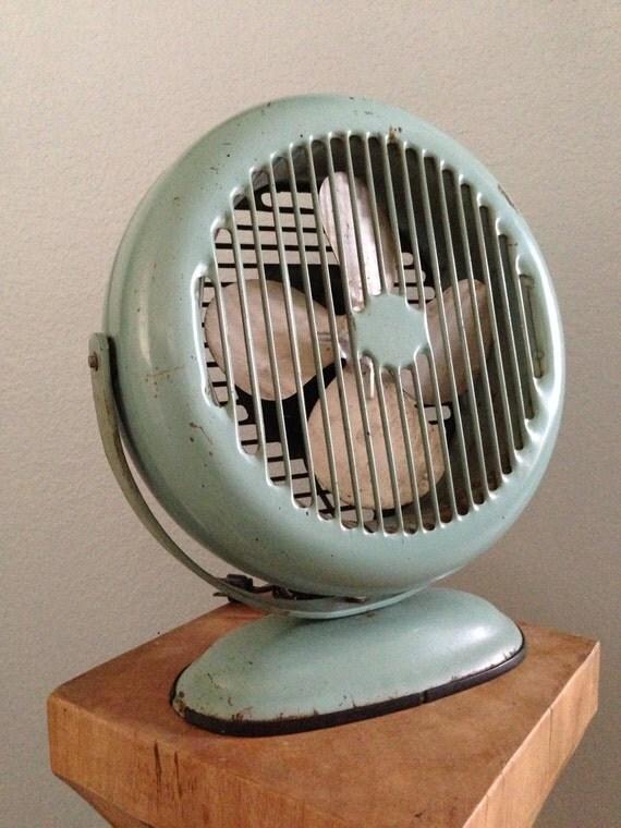 Vintage Floor Fans : Antique vintage lasko electric round industrial floor fan in