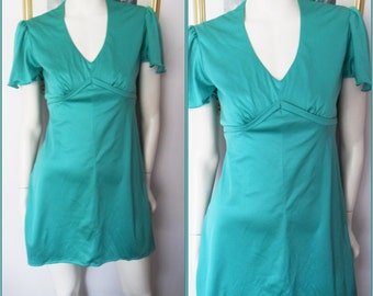 Vtg.70s Emerald Green Flutter Sleeve Mini Dress.S.Bust 36.Waist 30.