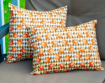 Decorative Fall Pumpkin Halloween Pillow, Toss Pillow, Pillow cover, Accent Pillow, Throw Pillow, Pillowcase - Fits 12x16 inch form
