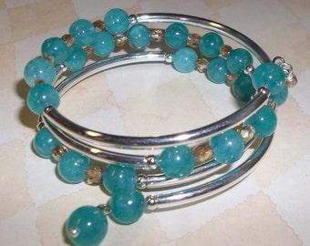 Aqua Jade Memory Wire Bracelet