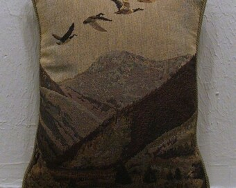 Geese in flight pillow cover