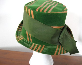 Vintage Velvet Cloche Shamrock Green With Peach Stripe Wide Olive Green Grosgrain Ribbon