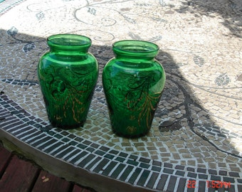 Pair of Emerald Green Glass Anchor Hocking Vases - Lovely