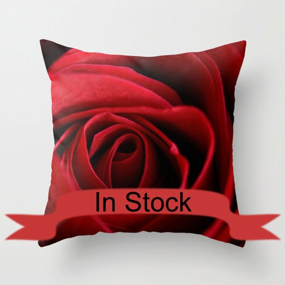 Red Rose Decorative Pillow Floral Cushion Cover Romantic