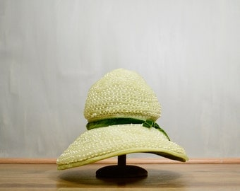 20 PERCENT OFF Code: 20FOR17 > 1960's Oleg Cassini Beaded Spring Green Lace & Organdy Cloche Hat