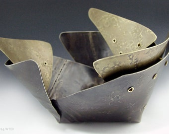 Pointed, Tiered, Metal Bowl
