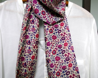 Liberty scarf purple and pink with lace