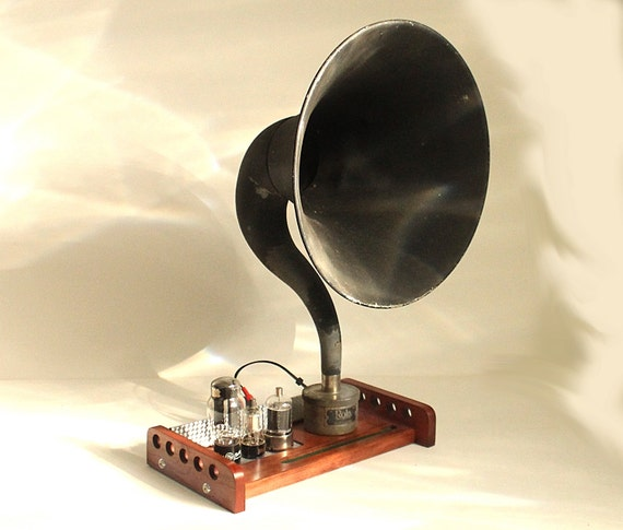 Sold Custom - iHorn - iPad - iPhone - Bluetooth  Speaker Horn System - Vintage Radio look - Old Time Speaker System for your iDevice