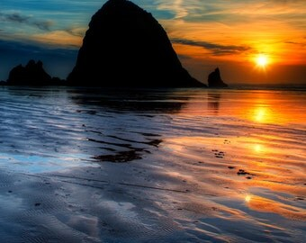 Photo Art - Beach Photography - Sunset Photography - Oregon Coast - Portraits - Landscapes - Haystack Rock- 16 x 20 -  Prints
