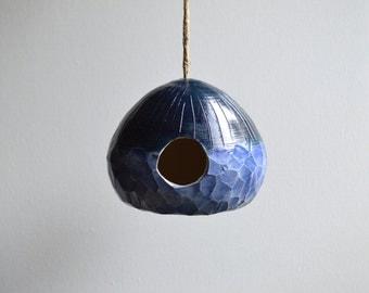 H O M E : Ceramic birdhouse