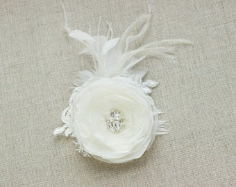 Ivory bridal hair flower Bridal hair flower Wedding hair flower Bridal hair piece Bridal fascinator Bridal hair accessories wedding flower
