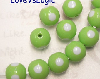 6 Lucite Beads with Dots. Retro Kitsch Dots Lucite Beads. 2 Tones. 15mm. Lime Green with White Dots.