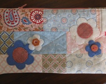 Zipper Bag, Patchwork with Wool Flowers, Pink and Blue, Zipper Pouch
