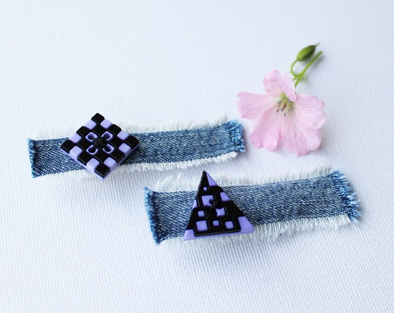 Hair Clips Geometric Shapes Mauve Hair Accessories. Pair of lavender & black funky hair clips in triangle and square shapes. Girls fashion.