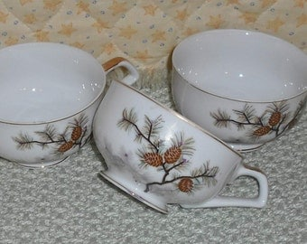Vintage Unmarked Pinecone Pattern Cups Set of 3 Handpainted Gold Trim Retro Serving Buffet Dinner Dishes Dining Home Country Kitchen
