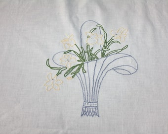 Vintage Tablecloth Embroidered Flower Baskets Daffodils  53 x 67