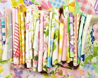 Vintage Sheet Scraps - Vintage Mix - Quilting Scraps - Fabric Scraps - Patchwork Scraps - One Pound Grab Bag