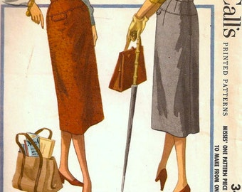Vintage Sewing Pattern - McCalls 3483 - Waist Size 23 in - 1955 Straight Pencil Skirt -1950s Wiggle Skirt - Welt Pockets