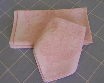Pink Damask Dinner Napkins / Set of Four / Elegant Dinner Napkins / Butterfly and Leaf Design / Extra Large Dinner Napkins / Vintage