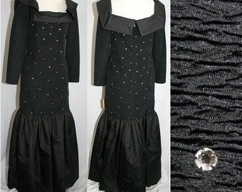 Size 6 Lounge Singer Black Dress with Rhinestones & Mermaid Hem - Was 495 Dollars - 1990s Long Sleeve Evening Gown - Bust 35 - 31524-1