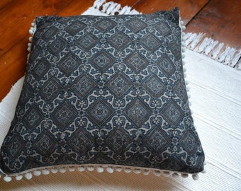 blockprinted fabric cushion cover