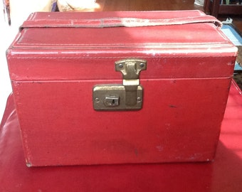Vintage Red Train Case Carry On Luggage Bag Small Red Trunk Interior Mirror Removable Tray