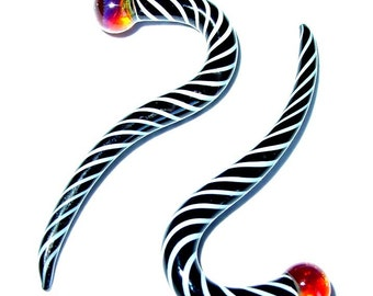 6g gauged ear plugs earrings talons for stretched piercings - Zebra Stripes