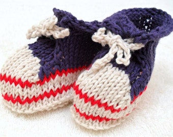 Knitted Newborn Baby Booties -  0-3M - GOTS certified organic cotton
