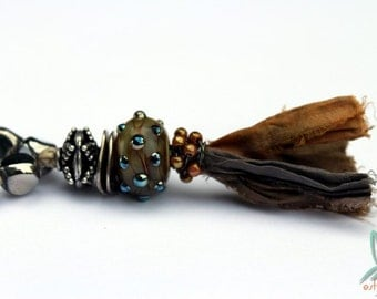 Jeanne - beautiful necklace in silver and bronze, with handmade lampwork glass bead