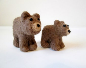 Felted Brown Bear and Cub - Grizzly Bears - Animal Miniature Set