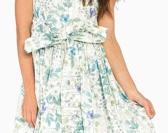 1950s bridesmaid dress Floral bridesmaid dress Floral sun dress Plus size floral dress Boatneck floral dress Plus size sundress 50s