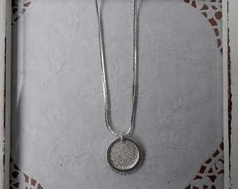 AMAZING glitter dust circle shadow necklace for women bridesmaid, day, night, present