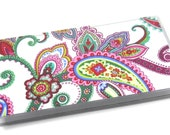 Checkbook Cover Punch of Paisley