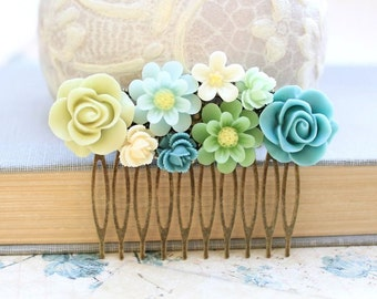 Bridal Hair Comb Turquoise Blue Rose Light Green Rose Floral Collage Garden Wedding Bridemaids Gift Flower Hair Accessories Brass Metal Comb