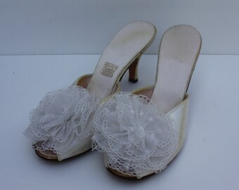 Vintage Off White Ivory Satin Mules Lace Poof Boudoir Peep Toe Women's Shoes Slippers Bridal Prom Pageant