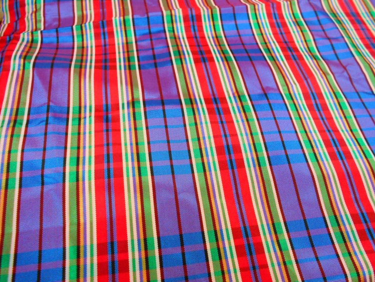 Holiday Taffeta Plaid Taffeta Fabric 1 Yard Remnant By
