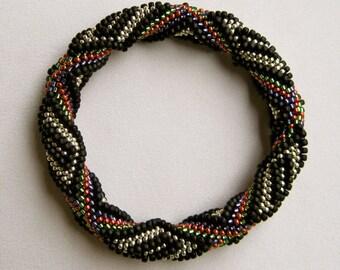 Bead Crochet Bangle Pattern:  Dreamer Bead Crochet Bangle Pattern